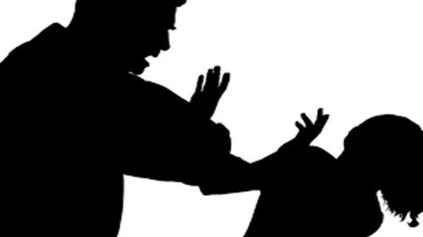 চাষাড়ার লূৎফা টাওয়ারের মালিককে মারধর