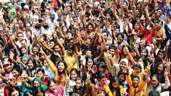 এইচএসসি ফলাফল : নারায়ণগঞ্জে শীর্ষে তোলারাম ও মহিলা